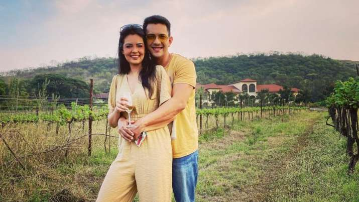 Aditya Narayan with 'partner in crime & in wine' Shweta enjoys at vineyard; check pics