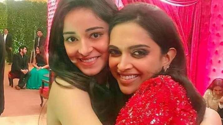 """Deepika is like my sister"" - Ananya Pandey | Bollywood ..."