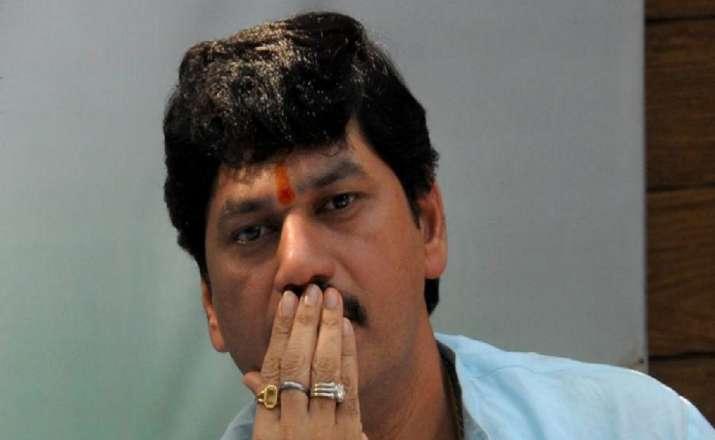 Woman withdraws rape complaint against Maharashtra Minister Dhananjay Munde
