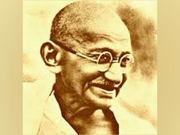 Unjust law... violence in itself: Priyanka Gandhi Vadra pays tribute to Mahatma Gandhi
