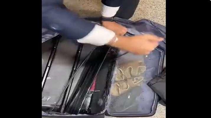 2 Ugandan nationals intercepted smuggling heroin worth Rs 68 crore at Delhi airport: Customs