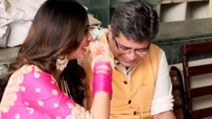 Writers Kanika Dhillon, Himanshu Sharma get married
