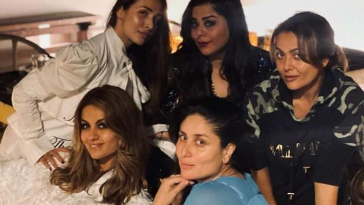 Kareena Kapoor Khan reunites with her girl gang Malaika, Amrita