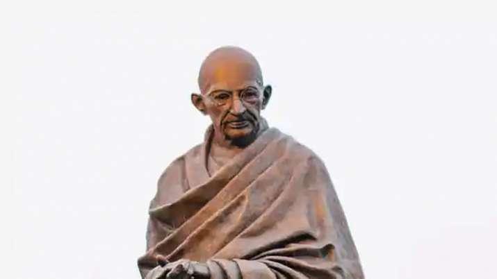 President, PM Modi pay tributes to Mahatma Gandhi on his death anniversary