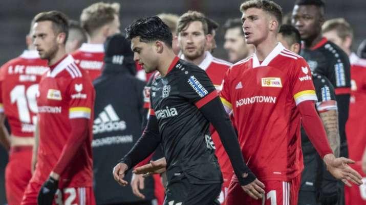 Nadiem Amiri of Bayer Leverkusen moves away during the