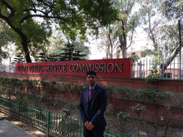 Cracking UPSC, upsc, upsc news, upsc toppers,  IPS Paritosh Pankaj, Paritosh Pankaj success story, P