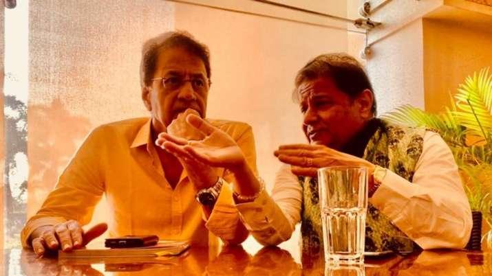 Anup Jalota shares interesting photo with Arun Govil aka Ram from Ramayan