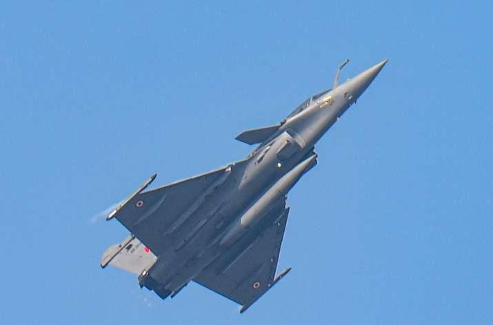 New Delhi: Indian Air Force (IAF)s Rafale fighter jet flies