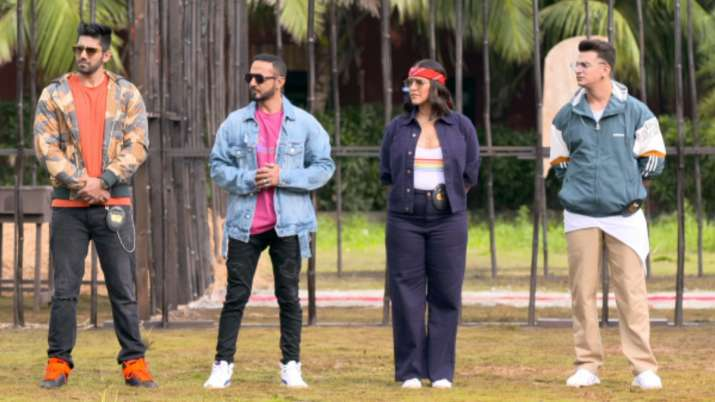 Roadies Revolution: Neha Dhupia, Prince Narula's team out of semi-finale race. Guess who made it to