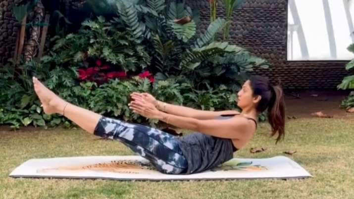 What is Shilpa Shetty's yoga tip to beat stress? Watch video