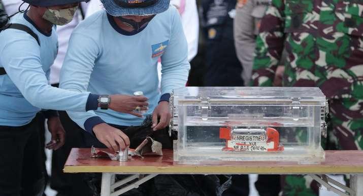 sriwijaya air flight,sriwijaya air crash,sriwijaya plane black box, sriwijaya plane data recorder