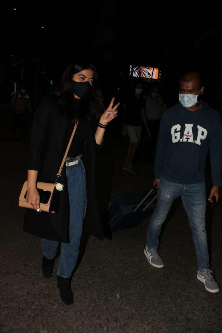 India Tv - Rashmika Mandanna at Mumbai airport