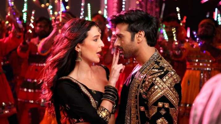 India Tv - Suswagatam Khushaamade song