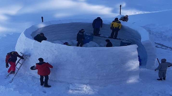 India Tv - Kashmir's very first Igloo Cafe