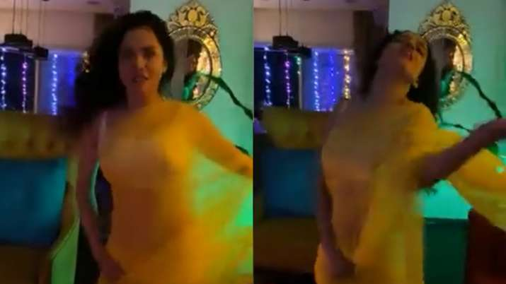 Ankita Lokhande raises temperature as she grooves on Madhuri Dixit's 'Dhak Dhak' song. Watch viral v