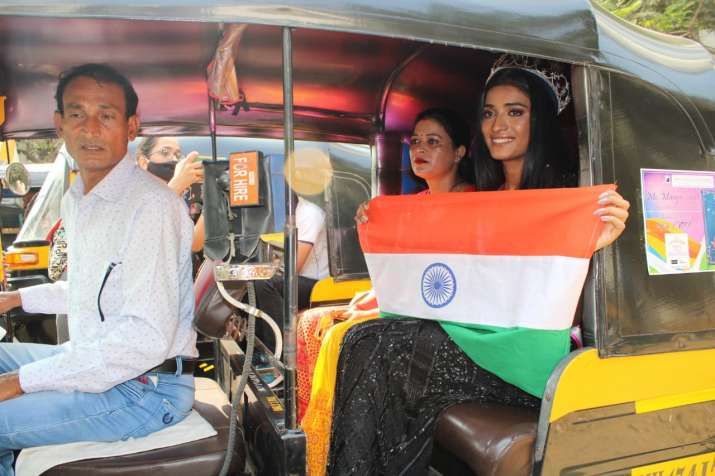 India Tv - Manya Singh's parents after her Miss India win: It's story of making an impossible dream possible