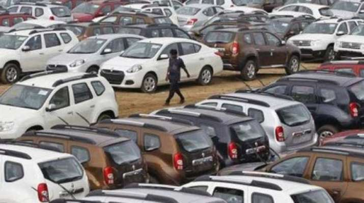 Vehicle Scrappage Policy: Now, keeping old cars will cost you more. Details