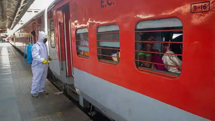 indian railways, unreserved trains