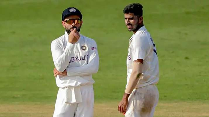 India Tv - Washington Sundar and Virat Kohli