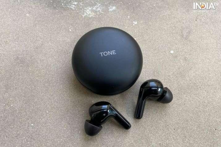 טלוויזיה בהודו - LG Tone Free FN7