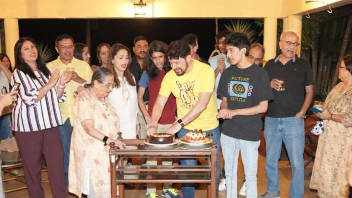 Madhuri Dixit celebrates husband Shriram Nene's pre-birthday bash; see pics