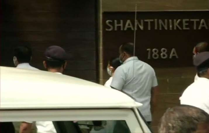Mamata Banerjee reaches nephew's residence