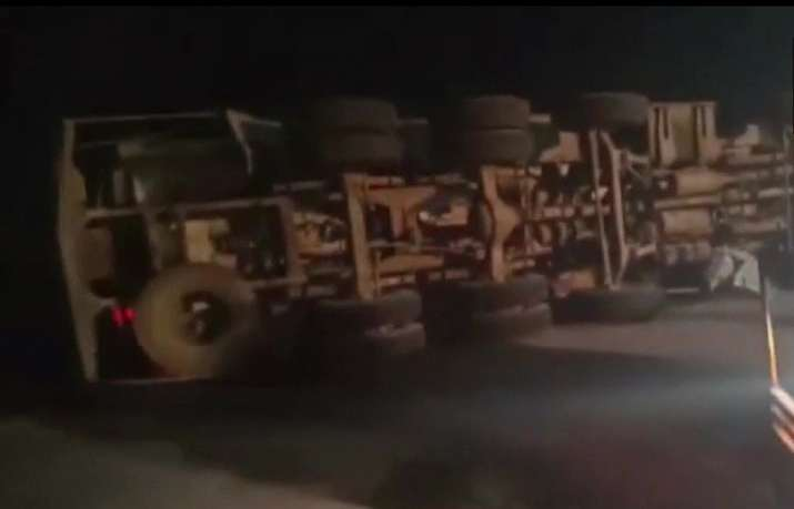 Mathura: 7 killed as oil tanker collides with car on Yamuna Expressway