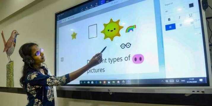 Online classes students, students online classes, covid, parents concerned, children online safety,