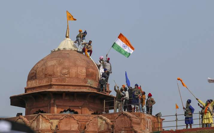 shiv sena saamana editorial red fort flag hoisting
