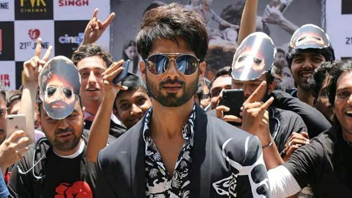 Shahid Kapoor reminisces Kabir Singh memories with impressive throwback pic, says 'This love is rare