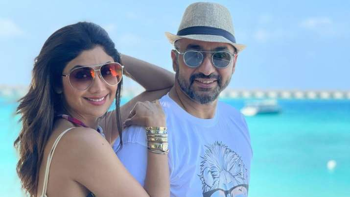 Shilpa Shetty, Raj Kundra are enjoying in 'paradise' aka Maldives | PICS