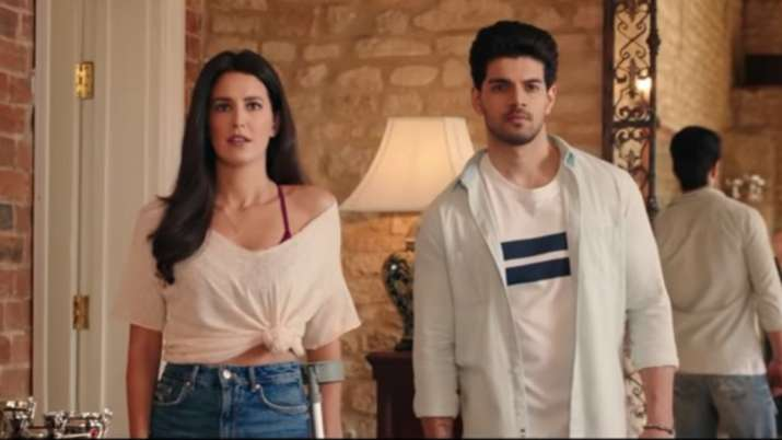 Time To Dance Trailer OUT: Isabelle Kaif & Sooraj Pancholi are ready to dance their way out into you