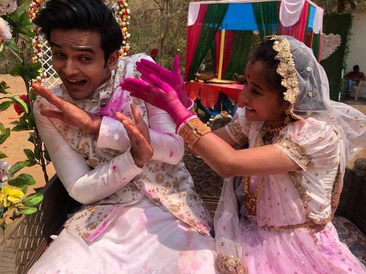 India Tv - Pravisht Mishra and Aurra Bhatnagar
