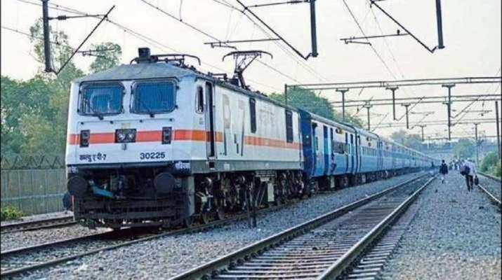 Delhi-Amritsar trains
