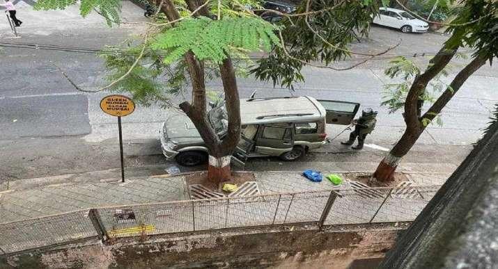 Antilia bomb treat, mukesh ambani house, Mukesh Ambani, Bomb Scare,