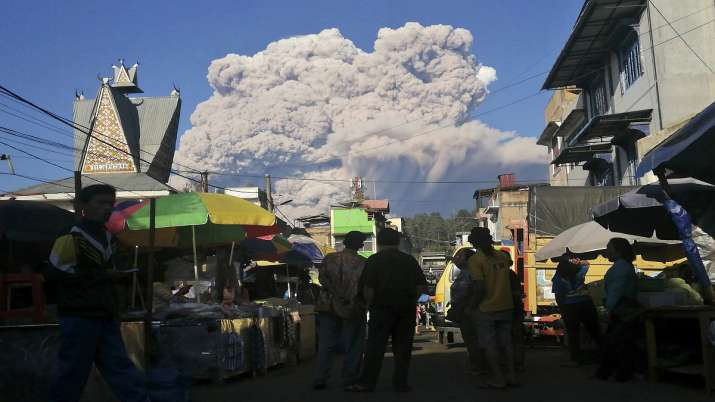 India Tv - Indonesia's Sinabung volcano eruption
