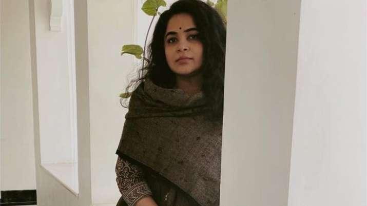 Ashwiny Iyer Tiwari to make her digital debut with 'Faadu'