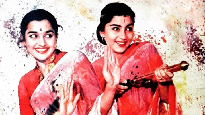 Here's a list of iconic Holi songs that you cannot miss out on!