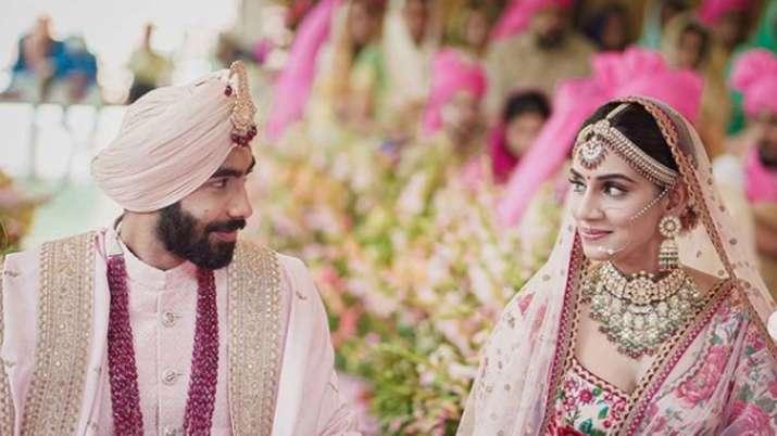 Jasprit Bumrah ties knot with Sanjana Ganesan