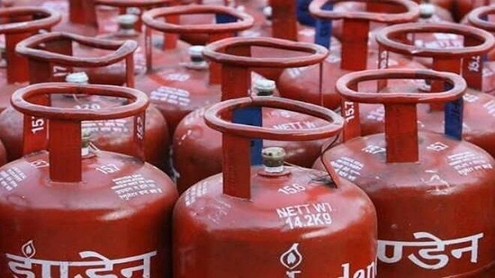 LPG Price in India Today (08 March 2021) The 14.2-kg cylinder's price has risen by over Rs 125 per c