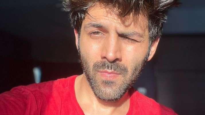Kartik Aaryan shares Covid selfie
