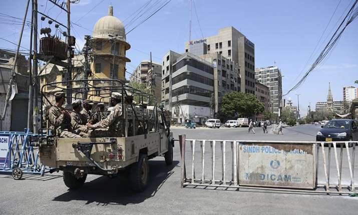 Major lockdown imposed in 7 Pakistan cities