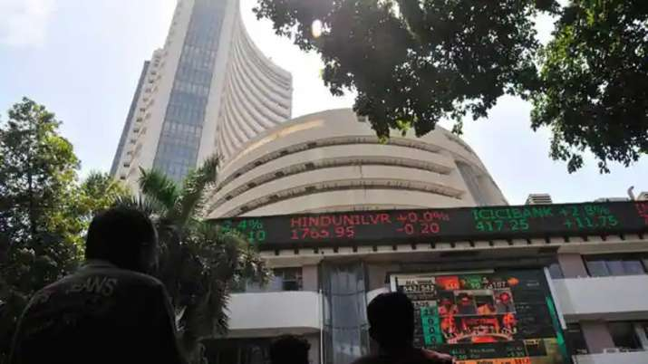 Sensex tumbles over 300 pts in early trade; Nifty slips below 14,800