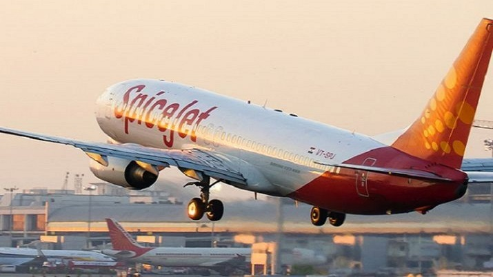 SpiceJet, spicejet flight passenger, spicejet flight, spicejet flight emergency door, flight passeng
