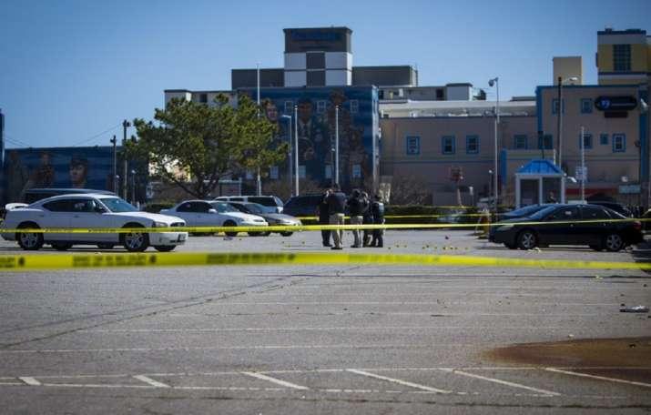 Police: 2 dead, 3 arrested in Virginia Beach shootings