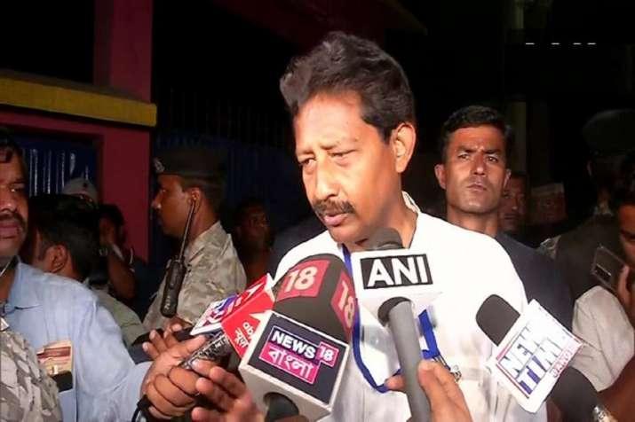 West Bengal: Clash breaks out between TMC, BJP workers in