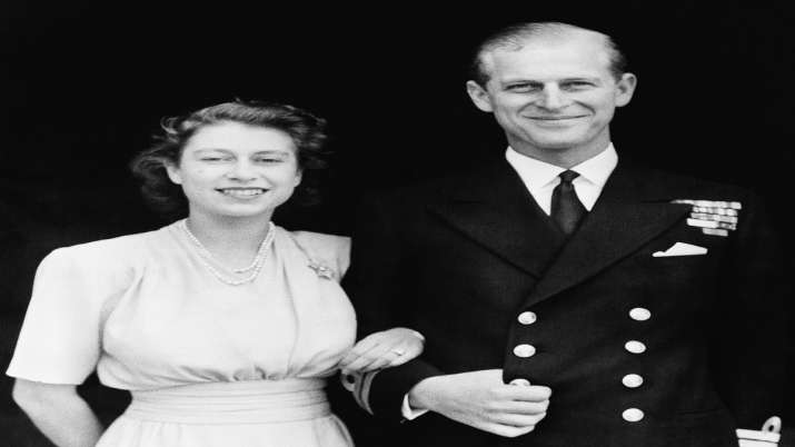 India Tv - This July 10, 1947 official photo shows Britain's Princess Elizabeth, heir presumptive to the British throne and her fiance, Lieut. Philip Mountbatten, in London.