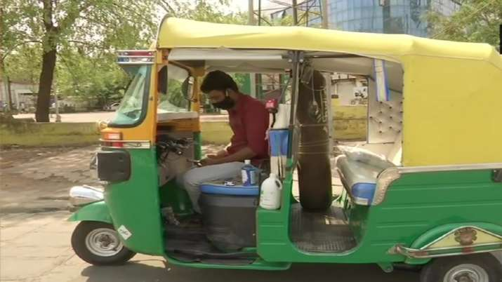 Service to mankind! Bhopal man turns auto into ambulance to provide free service amid Covid surge | Good-news News – India TV