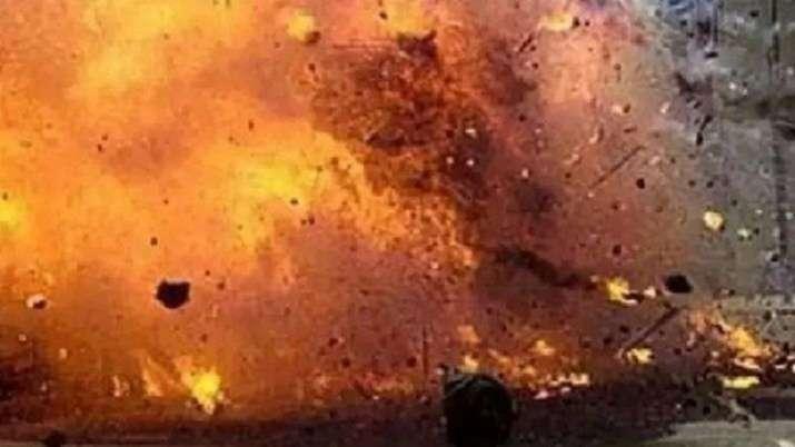 Kolkata, Bombs, Bombs hurled, West Bengal, North 24 Parganas, CAPF jawans, Preliminary probe, uniden