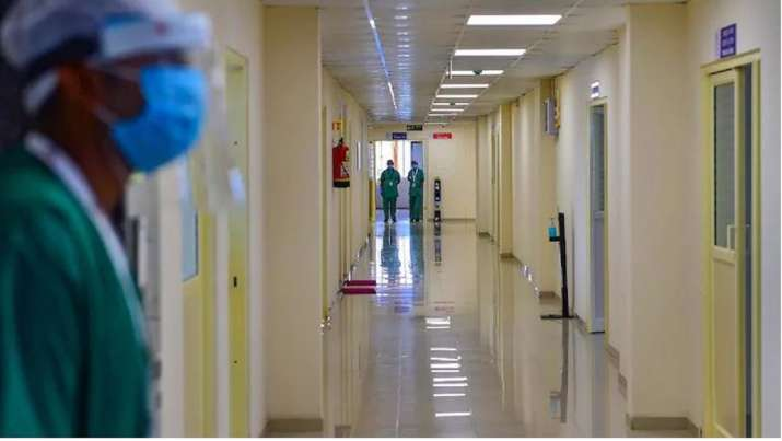 delhi hospitals oxygen shortage
